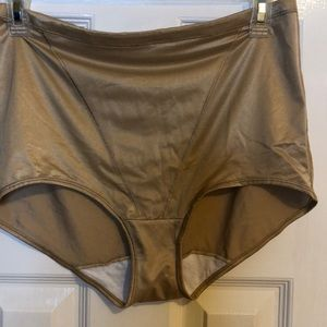 Hanes tummy shaping panties